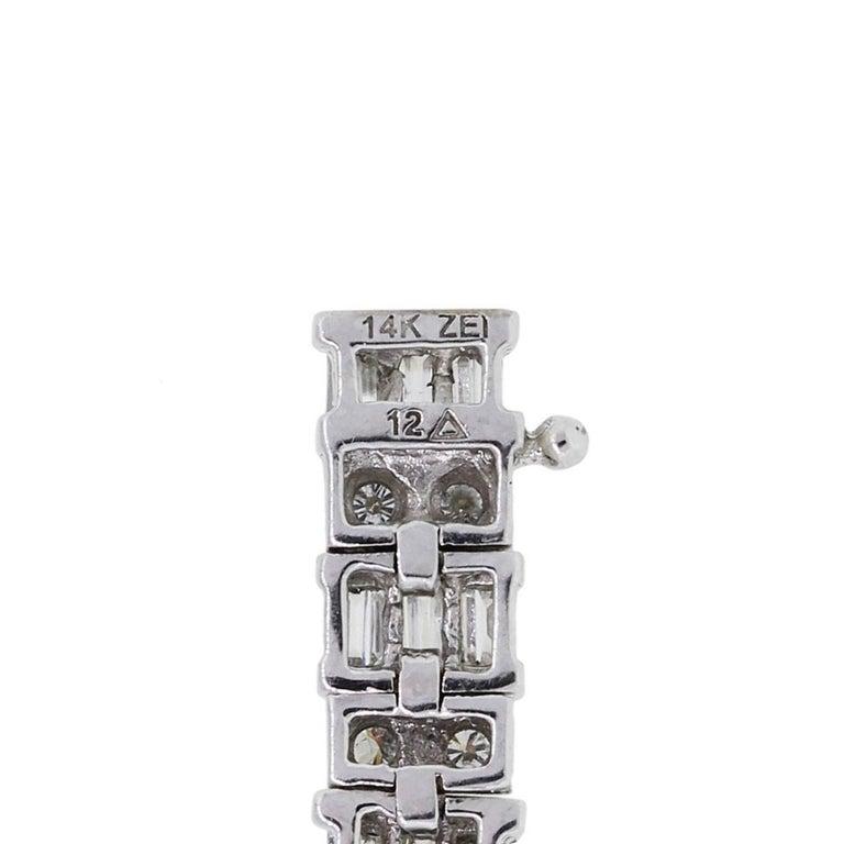 Women's Baguette Shape and Round Brilliant Diamond Bracelet For Sale