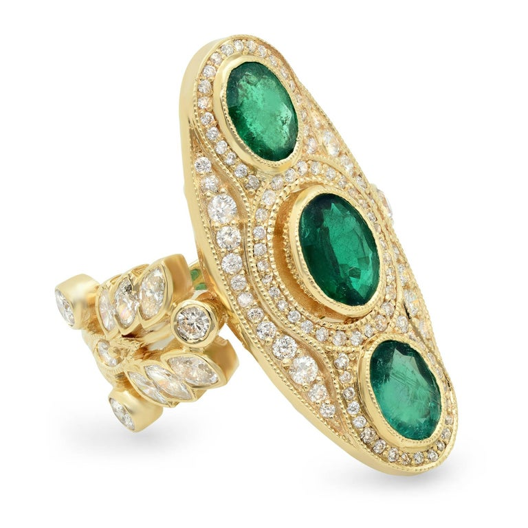 KC Sukamto Majeste Emerald Diamond Yellow Gold Cocktail Ring 2