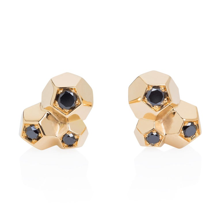 Black diamonds (0.20 cts) set in 18k yellow gold - 2gr each.  Dimensions: 9 x 7 x 4,5.  This item is also available to order in various gold and diamonds colour - allow 4 to 6 weeks.  Please contact us with your requirements.