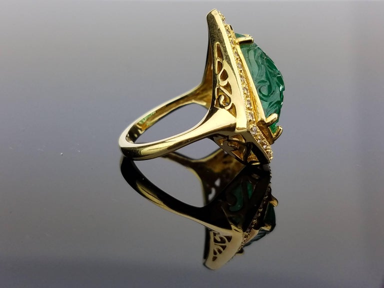 Carved Emerald Diamond Cocktail Ring 3