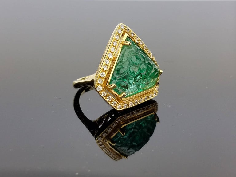 Carved Emerald Diamond Cocktail Ring 2