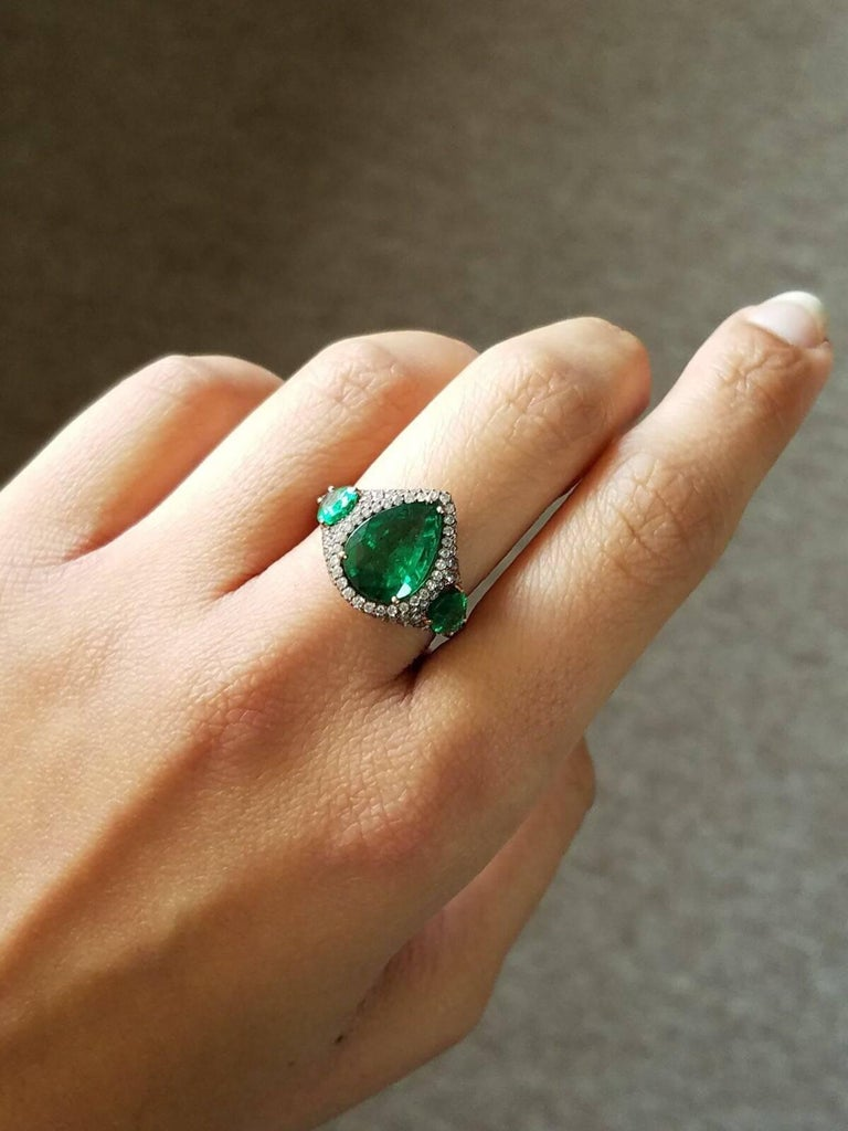 Women's Pear Shape Emerald and Diamond Cocktail Ring For Sale