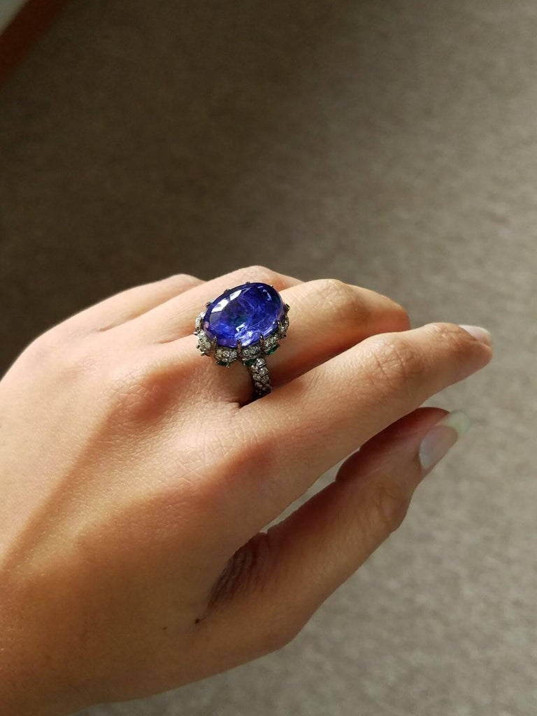 Modern Tanzanite Emerald and Diamond Cocktail Ring For Sale 1