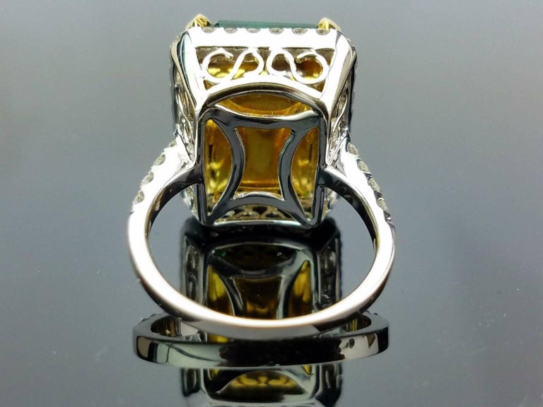 15.19 carat Zambian Emerald and Diamond Cocktail Ring 4