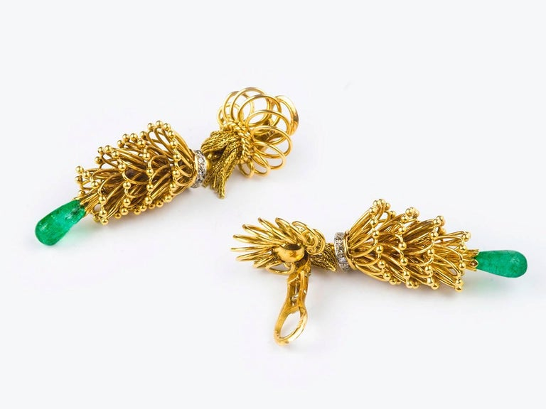 1950s French Emerald Diamond Gold Tassel Earpendants 2