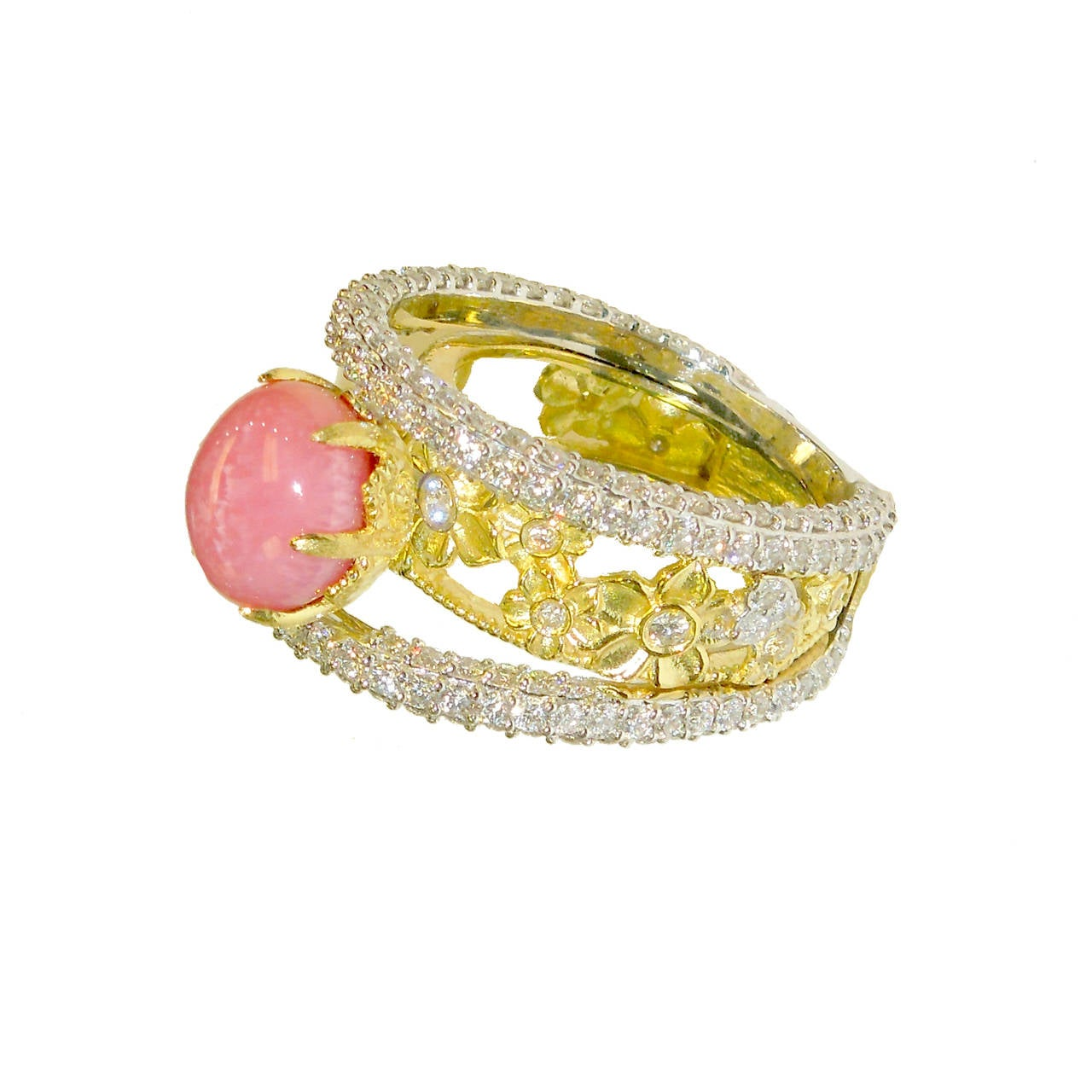 Conch Pearl Ring With Diamonds And Gold 2