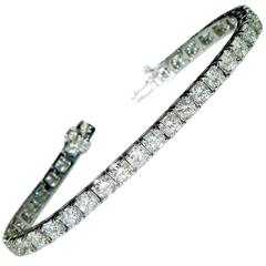 12.00 Carat Diamond and Gold Tennis Bracelet