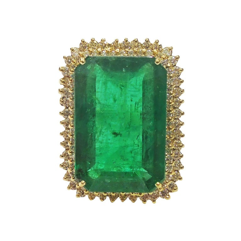 19 03 Carat Emerald And Diamond Ring For Sale At 1stdibs