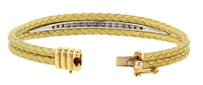 Textured Yellow Gold and Diamond Bracelet In Excellent Condition For Sale In Boca Raton, FL