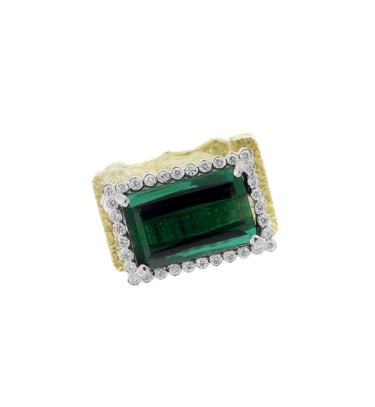 Green Tourmaline and Diamond Lion Cocktail Ring Yellow Gold Stambolian In New Condition For Sale In Boca Raton, FL