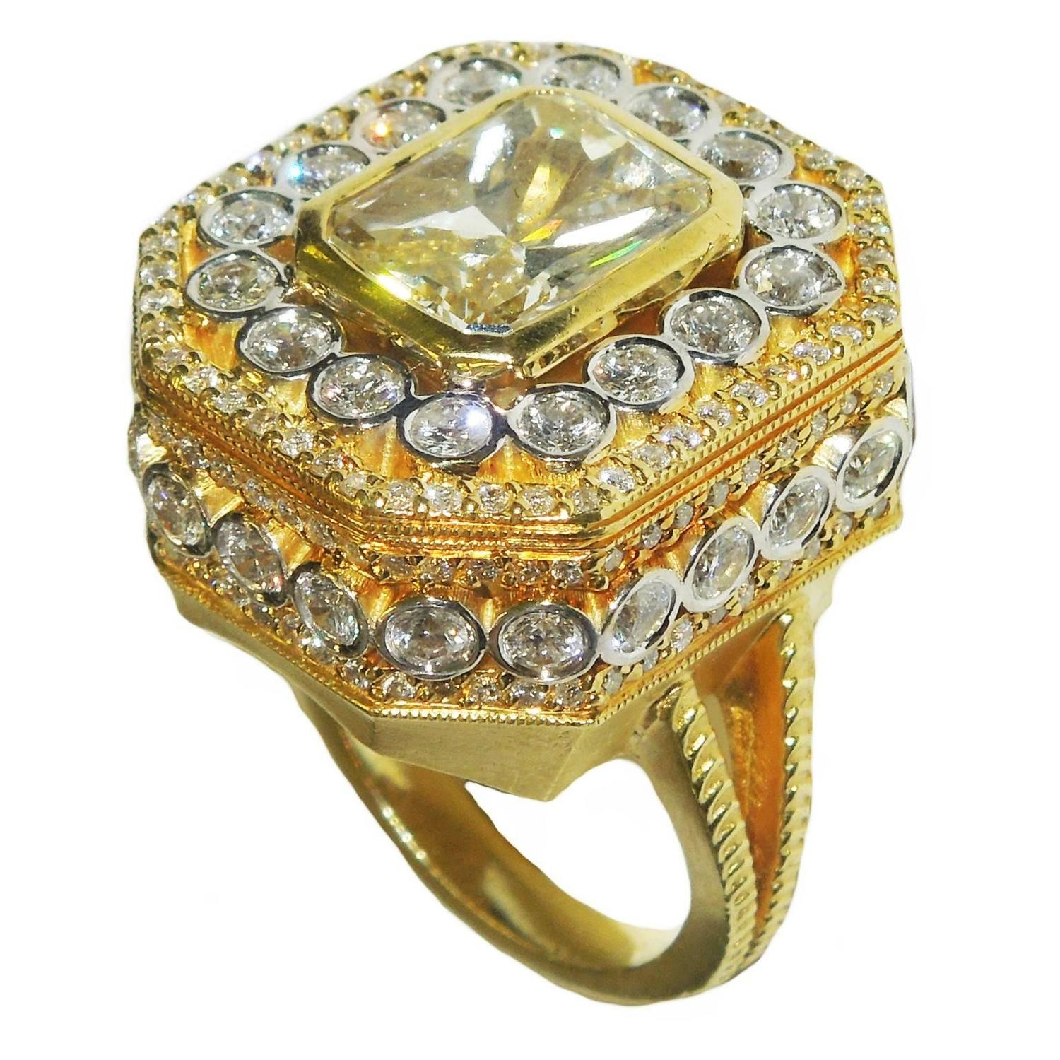 Stambolian 5 01 Carat Radiant Fancy Yellow Diamond Gold Ring For Sale at 1stdibs