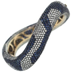 Blue Sapphire and Diamond Curved Gold Bracelet Cantamessa