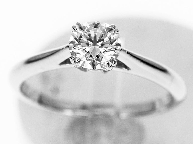 Brand:HARRY WINSTON Retail Price. :1,200,000Yen~(JPY)   Name:Solitaire, Round Brilliant Engagement Ring Material :Diamond (D0.57ct F-VVS2-3EX), Pt950 Platinum Comes with:Harry Winston case,Box,GIA certificate (May 2013), prepair certificate (Dec