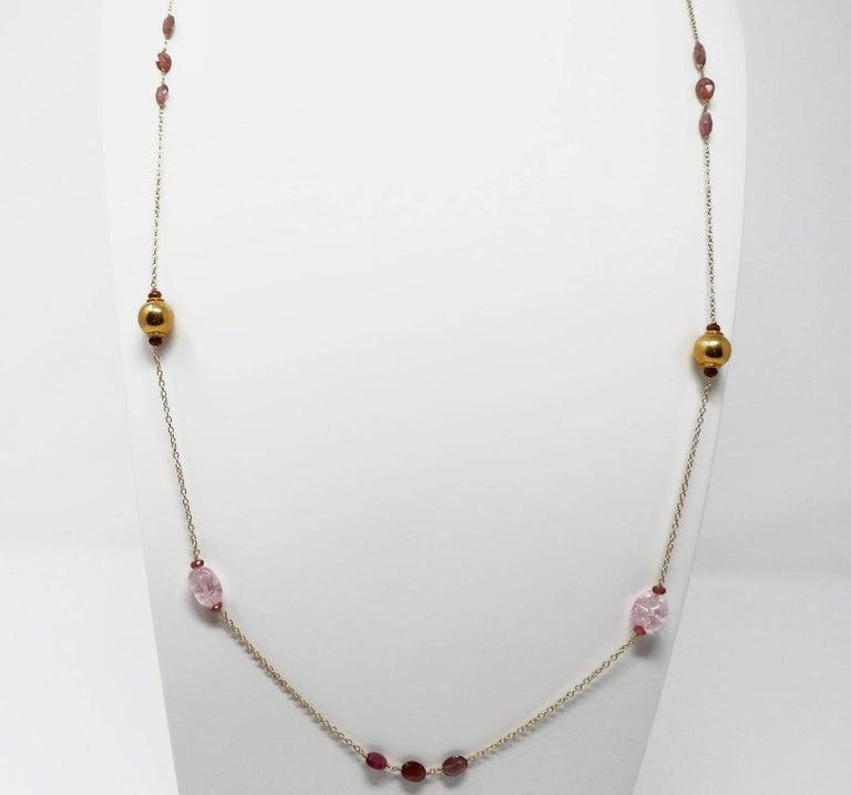 Dancing Apsara Pink Beryl and Rubellite Gold Bead Sautoir Necklace In As New Condition For Sale In Floragatan14, Stockholm