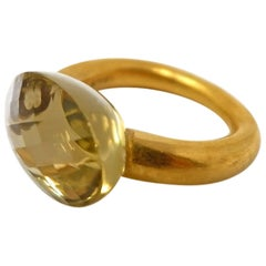 Citrine and 18 Karat Yellow Gold Cocktail Ring
