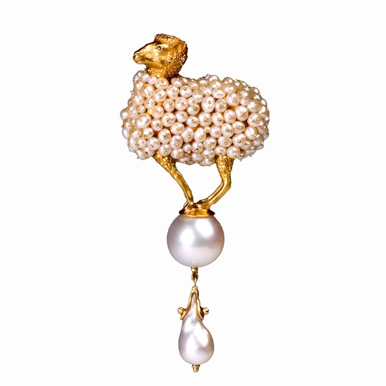 Ark Design, Diamond Eyes, Yellow Gold and Pearls Pendant Brooch