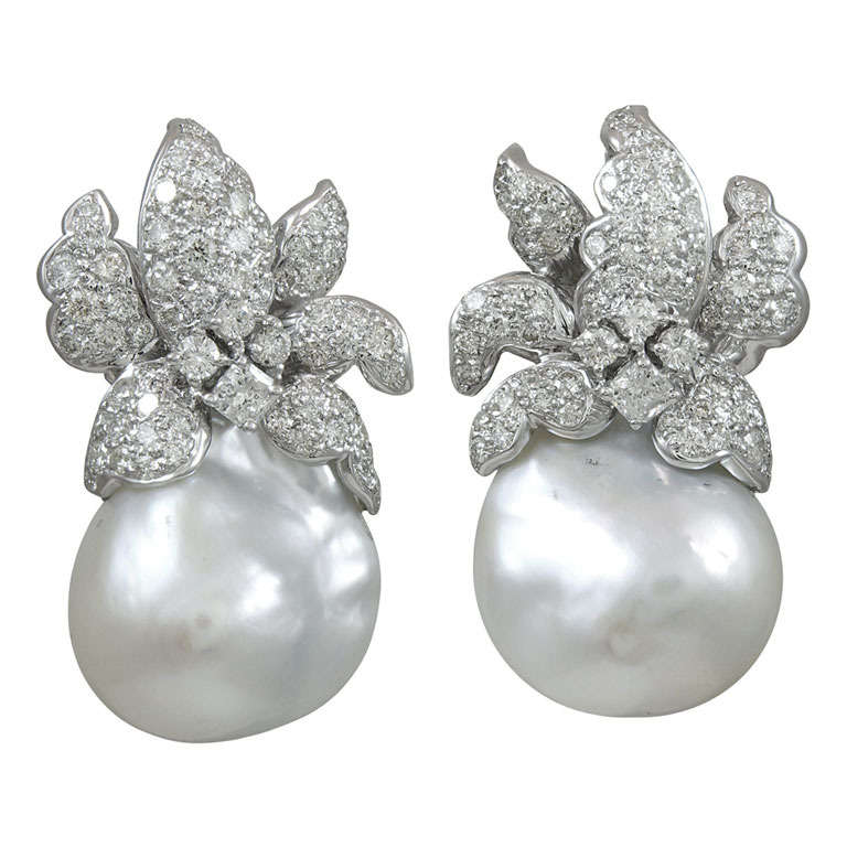 Natural Baroque south Sea Pearl and diamond Earrings 1