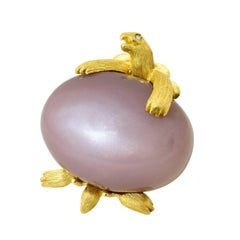 Dunay 55.89 Carat Moonstone Yellow Gold Turtle Brooch