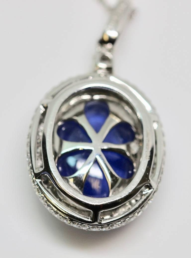Natural Certified 16 Carat Blue Sapphire and Diamond Pendent For Sale 4