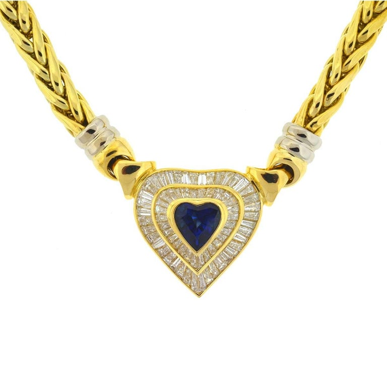 18 Karat Yellow Gold Heart Sapphire and Baguette Diamonds Pendant Necklace