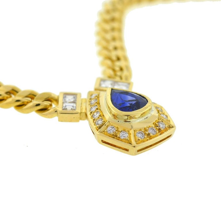 Women's 18 Karat Yellow Gold Pear Shape Sapphire and Diamonds Pendant Necklace For Sale