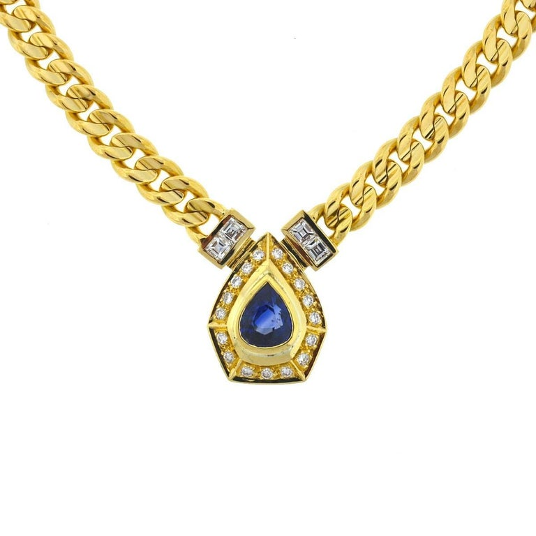 18 Karat Yellow Gold Pear Shape Sapphire and Diamonds Pendant Necklace For Sale