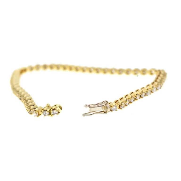 Company-N/A Style-Diamond Tennis Bracelet Metal-14k Yellow Gold Size-7.5