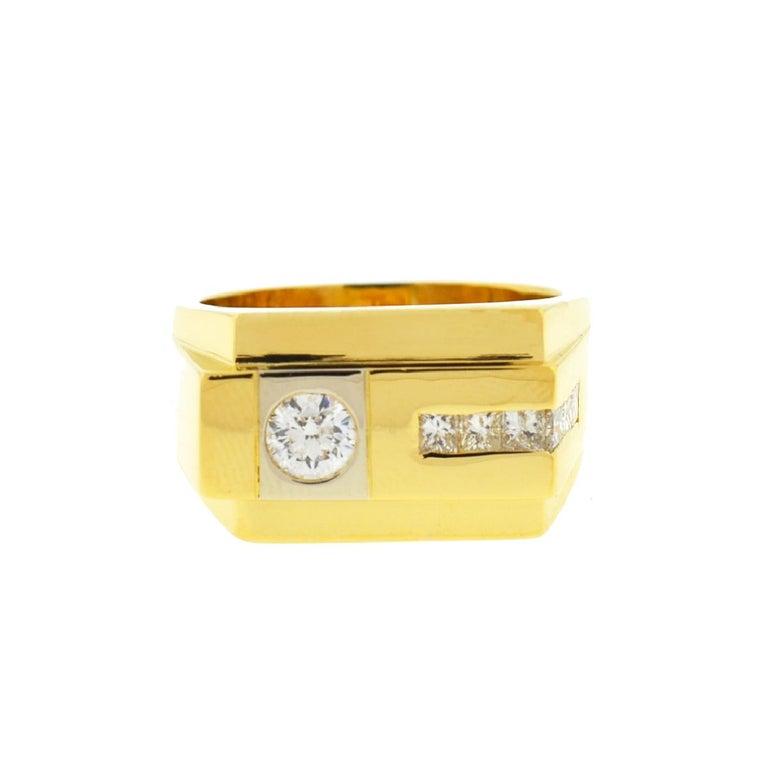 18 Karat Yellow Gold Men's Diamond Band Ring .80 Carat