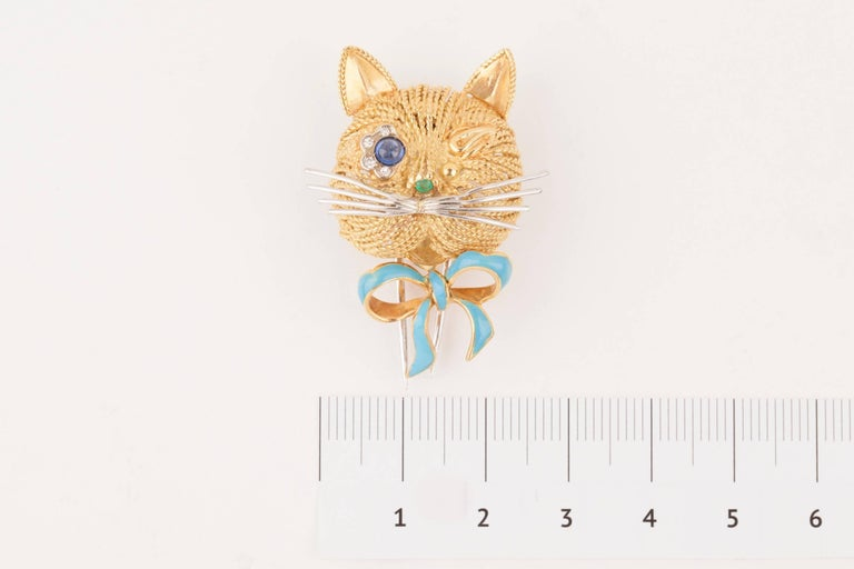Women's Vintage Gold Sapphire Diamonds and Enamel French Cat Brooch For Sale