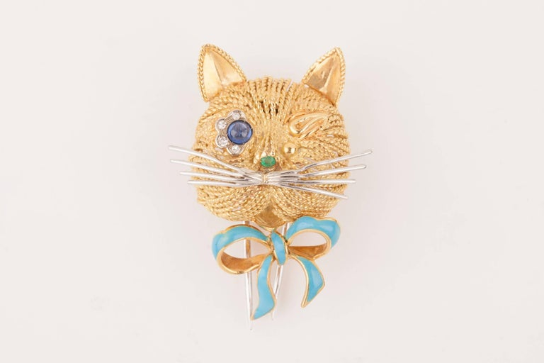 Vintage Gold Sapphire Diamonds and Enamel French Cat Brooch For Sale 2