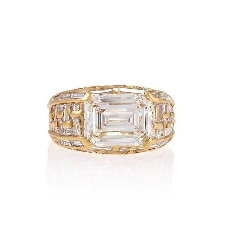 Women's Bulgari Estate Diamond and Gold Ring For Sale