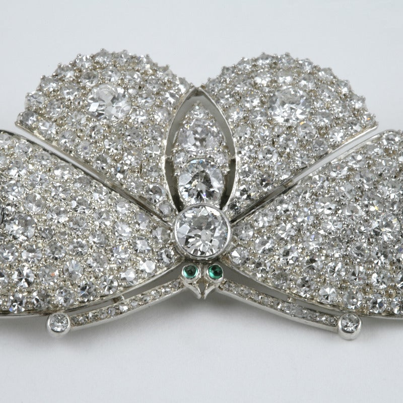 Late Art Deco Diamond Platinum Moth Brooch In Excellent Condition For Sale In New York, NY