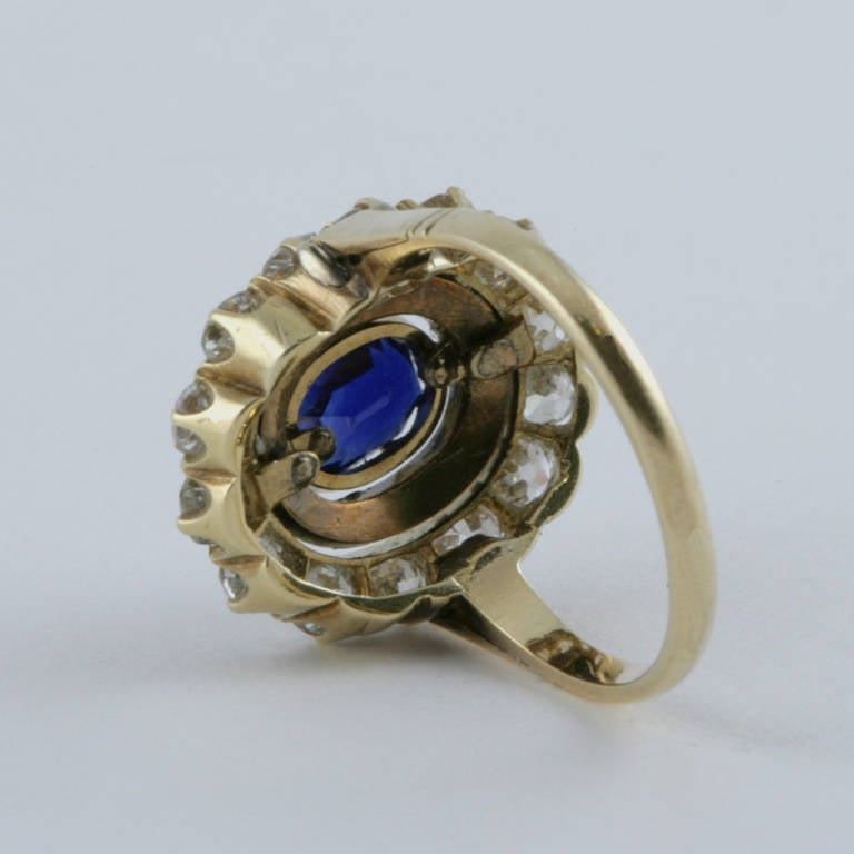 English Antique Sapphire Diamond Silver Gold Cluster Ring In Excellent Condition For Sale In New York, NY