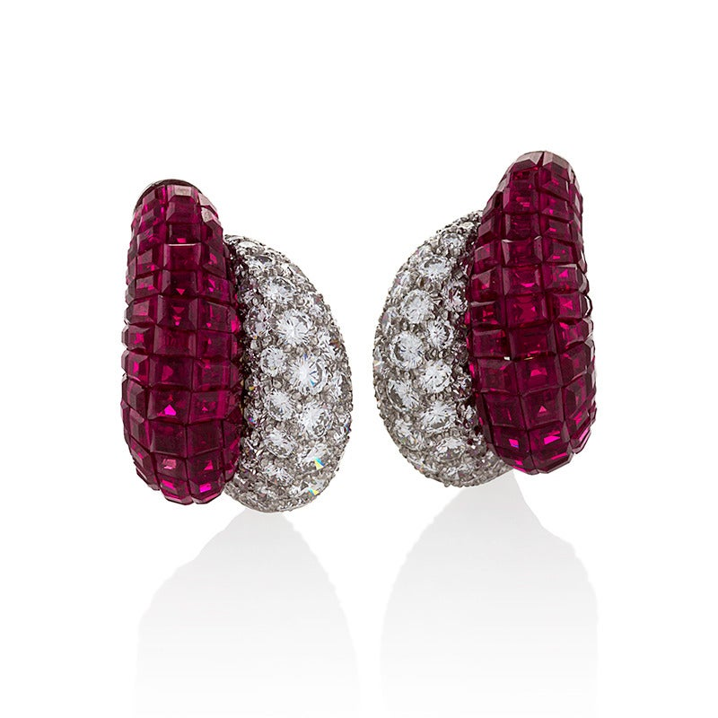 Van Cleef & Arpels Late-20th Century Ruby Diamond Platinum 'Mystère' Earrings In Excellent Condition For Sale In New York, NY