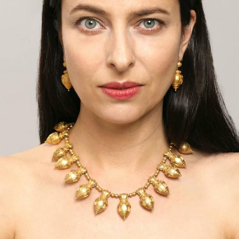 Antique Austro-Hungarian Etruscan Revival Necklace In Excellent Condition For Sale In New York, NY