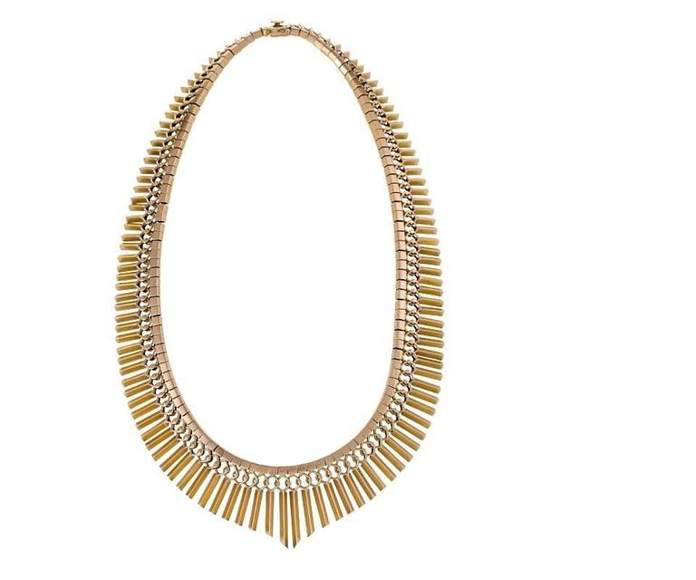 1950s Gold Fringe Necklace In Excellent Condition For Sale In New York, NY