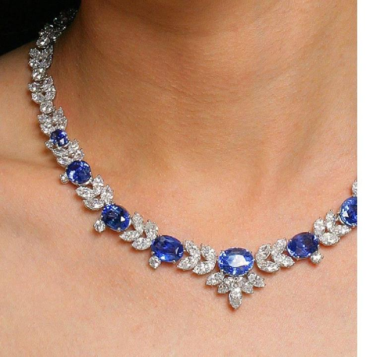 1980s Sapphire Diamond Platinum Necklace For Sale 1