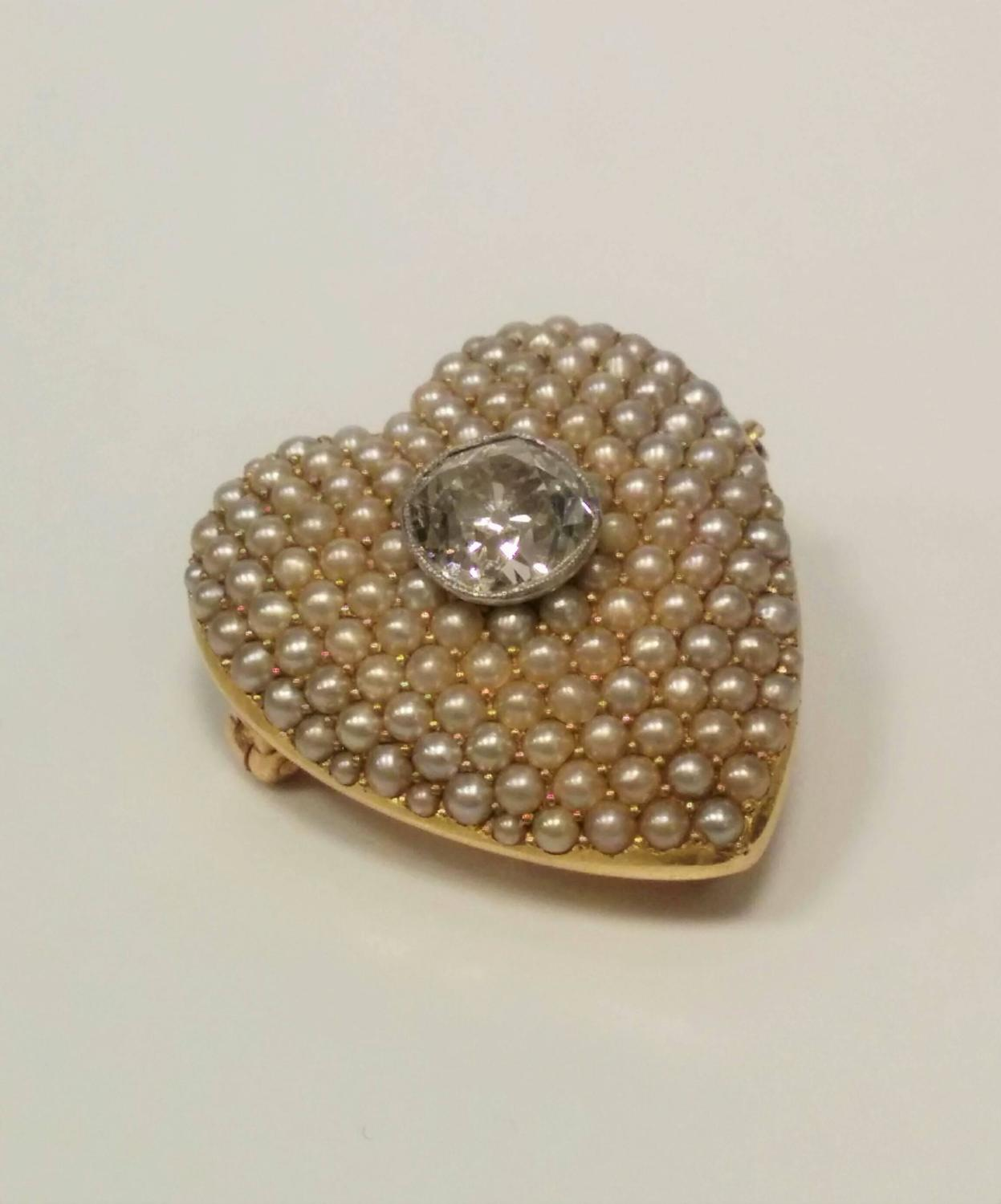 Antique diamond seed pearl gold heart pendant brooch for for The triumph of love jewelry 1530 1930