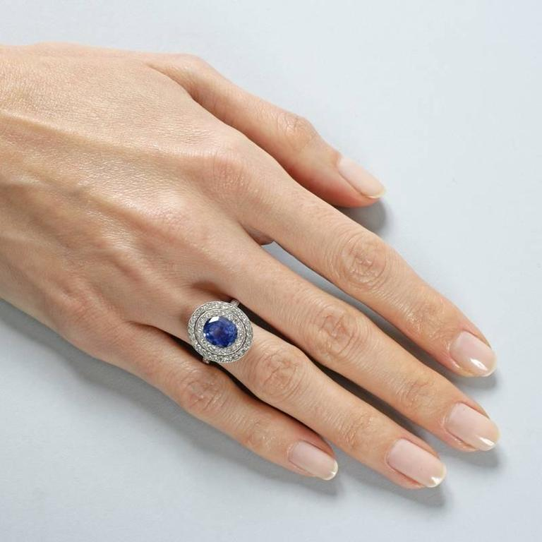 Blue Sapphire Diamond and Platinum Cluster Ring For Sale 3