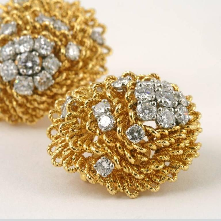 1960's Van Cleef & Arpels Diamond Gold Platinum Earrings 5