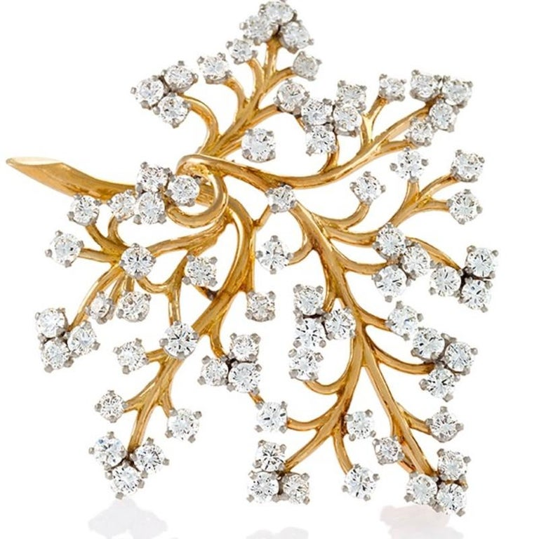 Women's Van Cleef & Arpels, Paris, 1950s Diamond and Gold 'Capillaire' Brooch For Sale