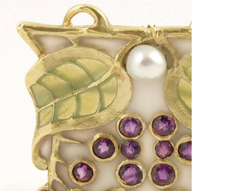 Louis Zorra Art Nouveau Diamond Amethyst Pearl and Plique-à-Jour Enamel Brooch In Excellent Condition For Sale In New York, NY