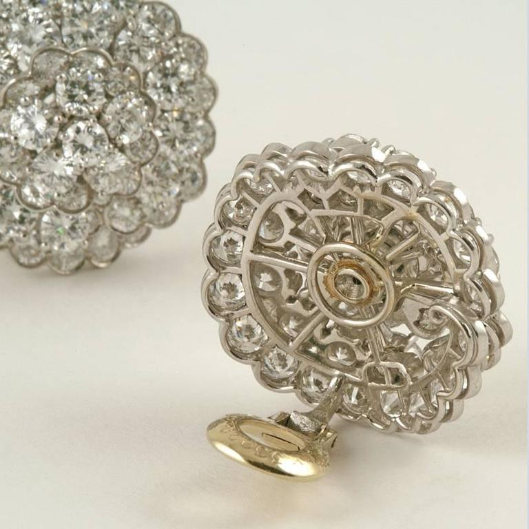 Van Cleef & Arpels Late-20th Century Diamond, Platinum and Gold Earrings 3
