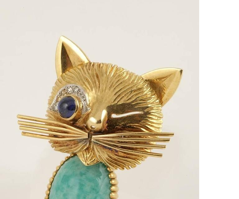 Van Cleef & Arpels Paris Turquoise, Diamond, Blue Sapphire and Gold Cat Brooch 3