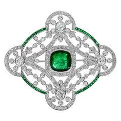 Emerald 3.65 Carat Diamond Brooch