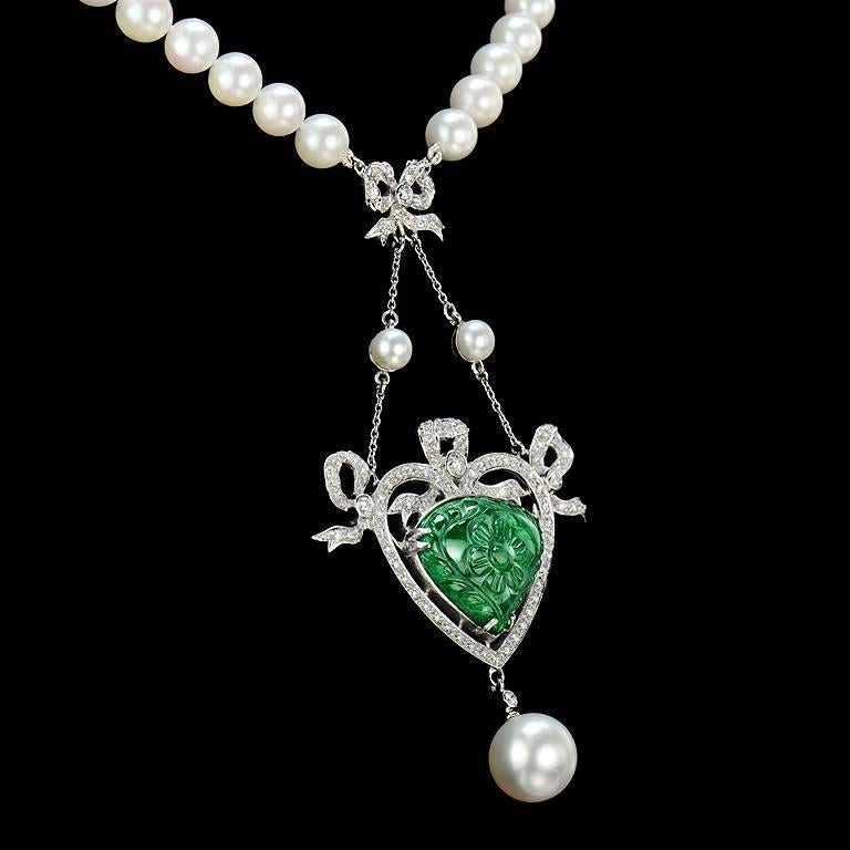 Art Deco Carved Colombian Emerald 13.70 Carat Akoya Pearl Diamond Drop Necklace For Sale