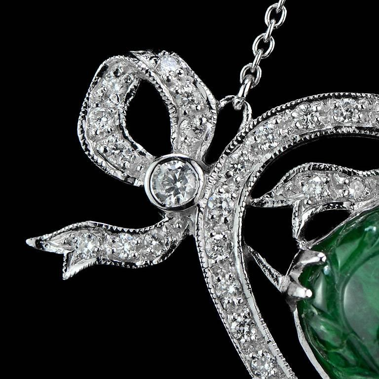 Carved Colombian Emerald 13.70 Carat Akoya Pearl Diamond Drop Necklace In New Condition For Sale In Bangkok, TH