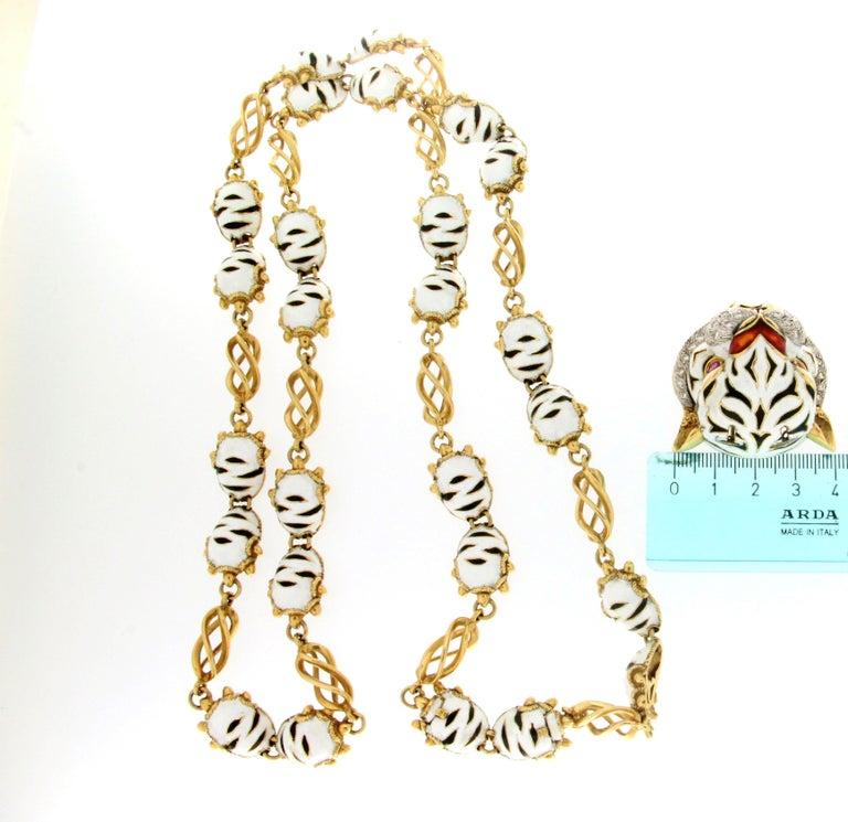 Frascarolo Enamel 18 karat Yellow Gold Diamonds Tiger Pendant Necklace For Sale 6