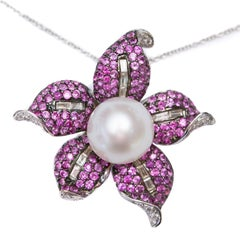 2.66 Carat Pink Sapphire 0.57 CT Round Diamond 18 KT White Gold Pendant Brooch