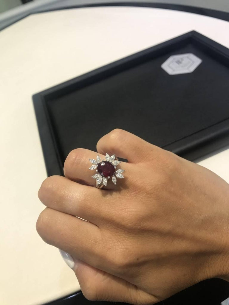 Bespoke White Marquise Diamond 18KT Gold 2.00 Carat Ruby Engagement Ring Mount For Sale 2